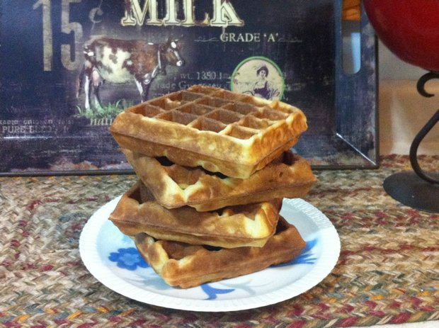 how to reheat leftover waffles