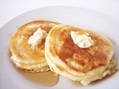 Simple Pancake Recipe For Light Fluffy Pancakes | Vintage ...